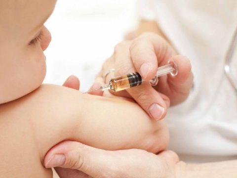 Újra vakcinahiány