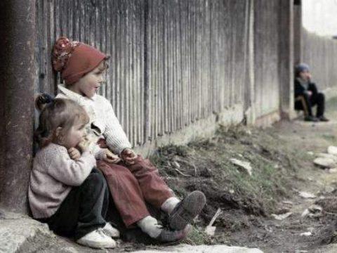 Utcára a család védelmében