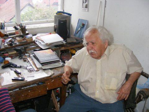 Elhunyt Kosztándi Jenő