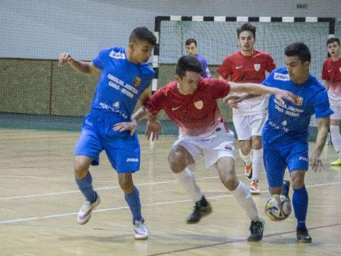 Elődöntőt játszik a KSE