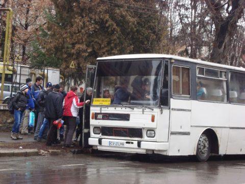 Új buszjárat Szacsván
