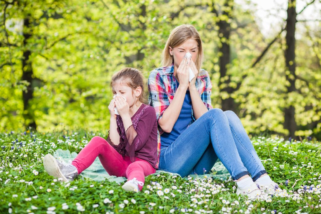 A tünetek kirobbanásától kezdve két-három hétbe is beletelik, amíg valaki rájön, hogy allergia is lehet a dolog mögött