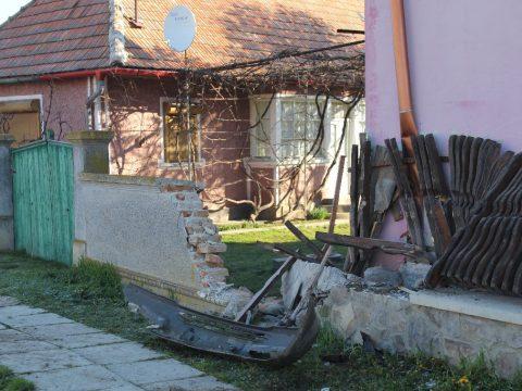 Rombolás Csernátonban