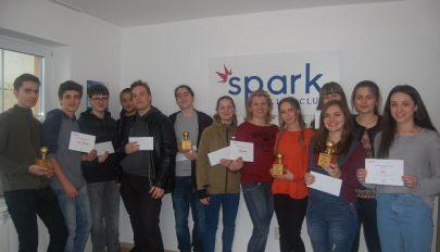 Angol nyelvű csapatverseny