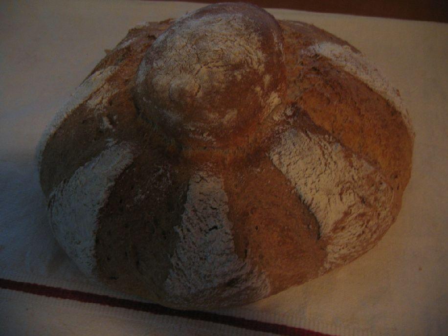 Aludttejes kenyér