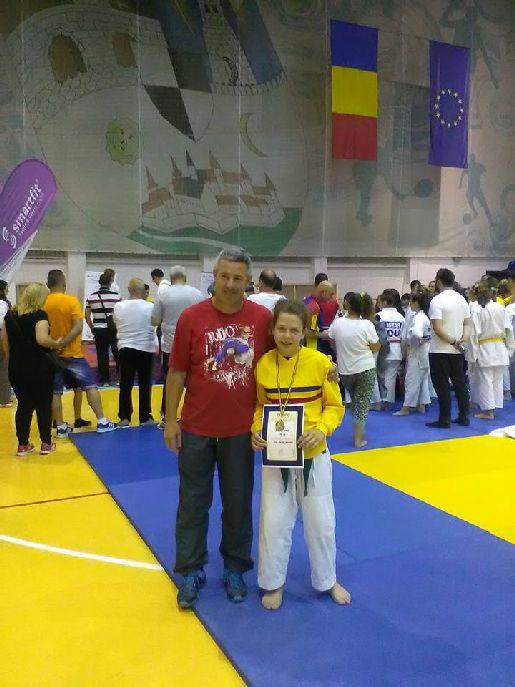 A háromszoros országos bajnok Balogh Hanna és edzője, Veres László
