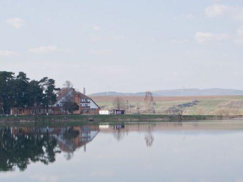 EKE-tábor a rétyi tónál