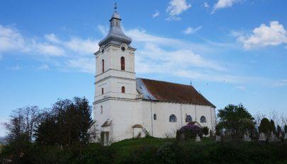 Középpontban a templomok