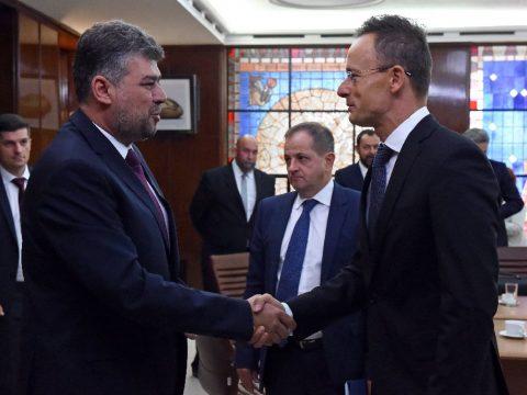 Szijjártó Péter Bukarestben tárgyalt