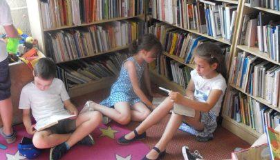 Könyvajánló kicsiknek és nagyobbaknak