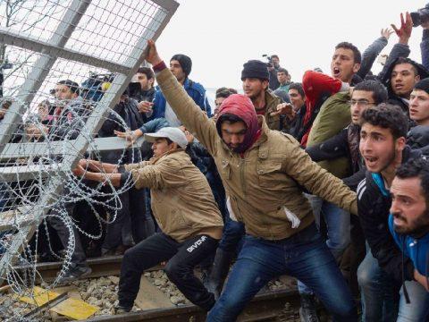 Románia befogad száz szíriait