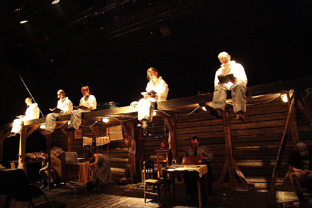 Nyolc ország 39 előadása között látható az Osonó Színházműhely és az Andrei Mureșanu Színház koprodukciója