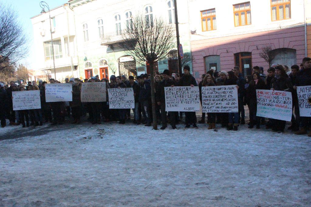Egyelőre úgy tűnik, hiába tüntettek februárban iskolájukért a Kós Károly Líceum tanulói