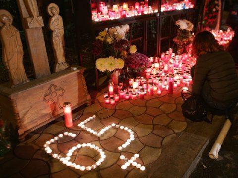 Az áldozatokra emlékeztek