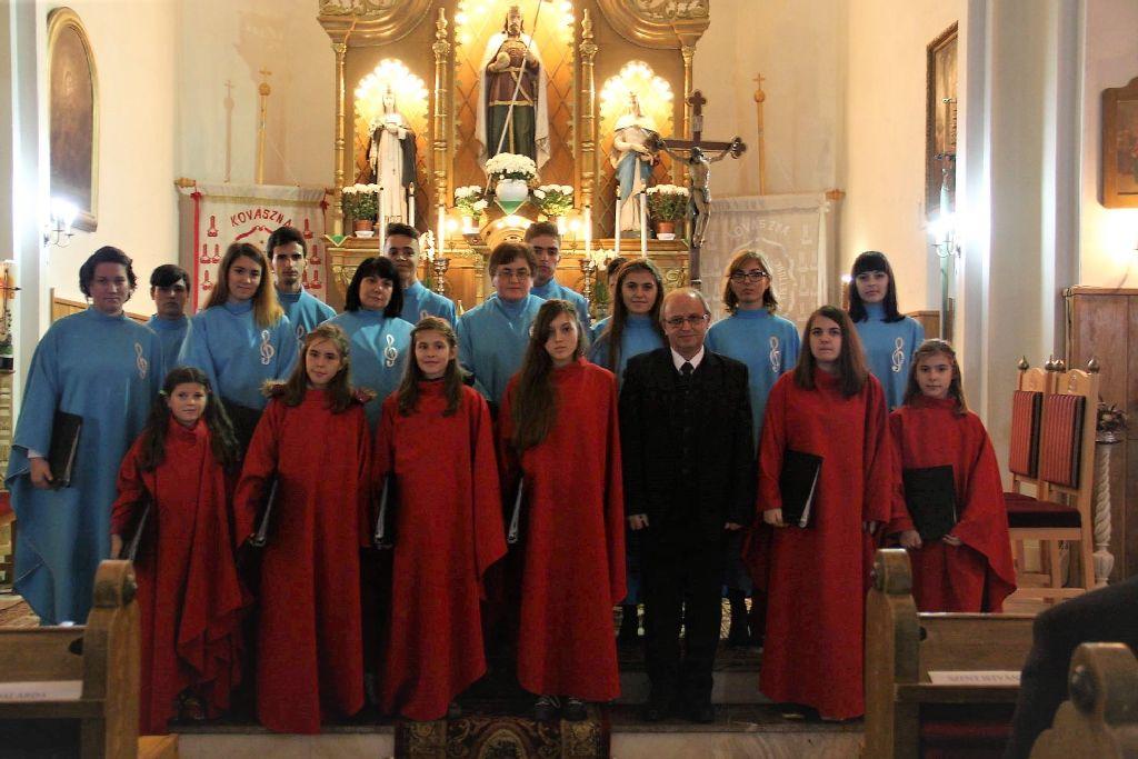 Hét énekkar a templomban
