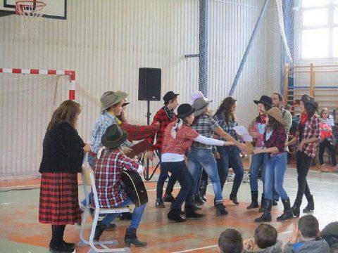 Iskolanap és fesztivál