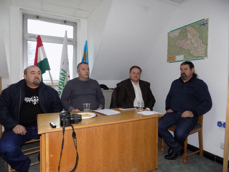 A Magyar Polgári Párt baróti szervezetének vezetői