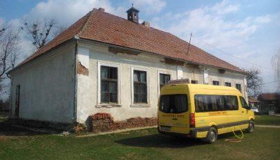 Iskola-felújítás Barátoson