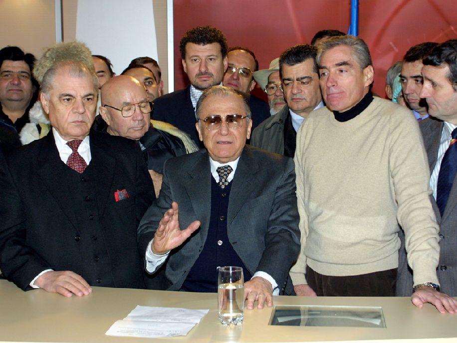 Ion Iliescut nem lepte meg Klaus Johannis döntése Fotó: ziare.com