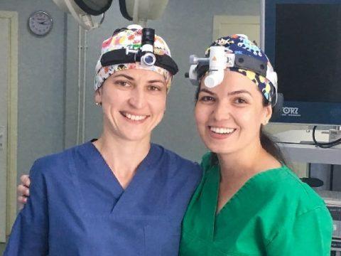 Fiatal orvosnők