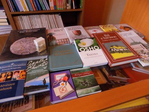 Ballagási könyvajándékozás