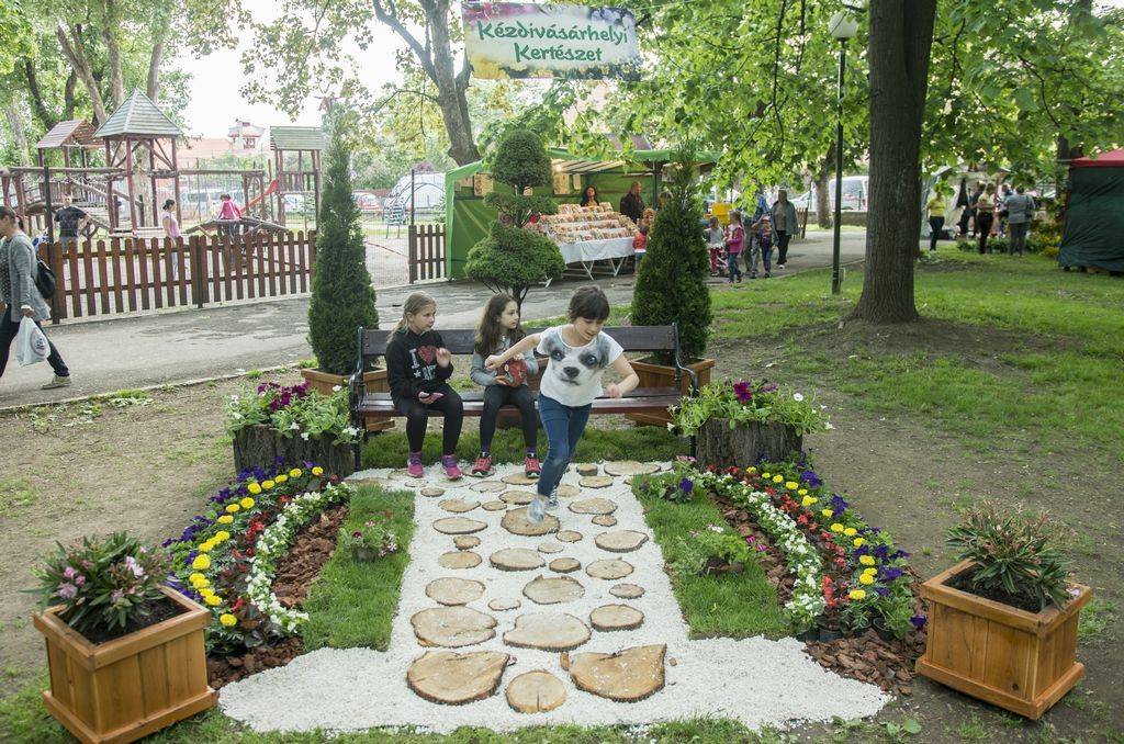 10. Dísznövény-kiállítás és -vásár