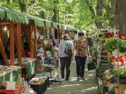 10. Dísznövény-kiállítás és vásár