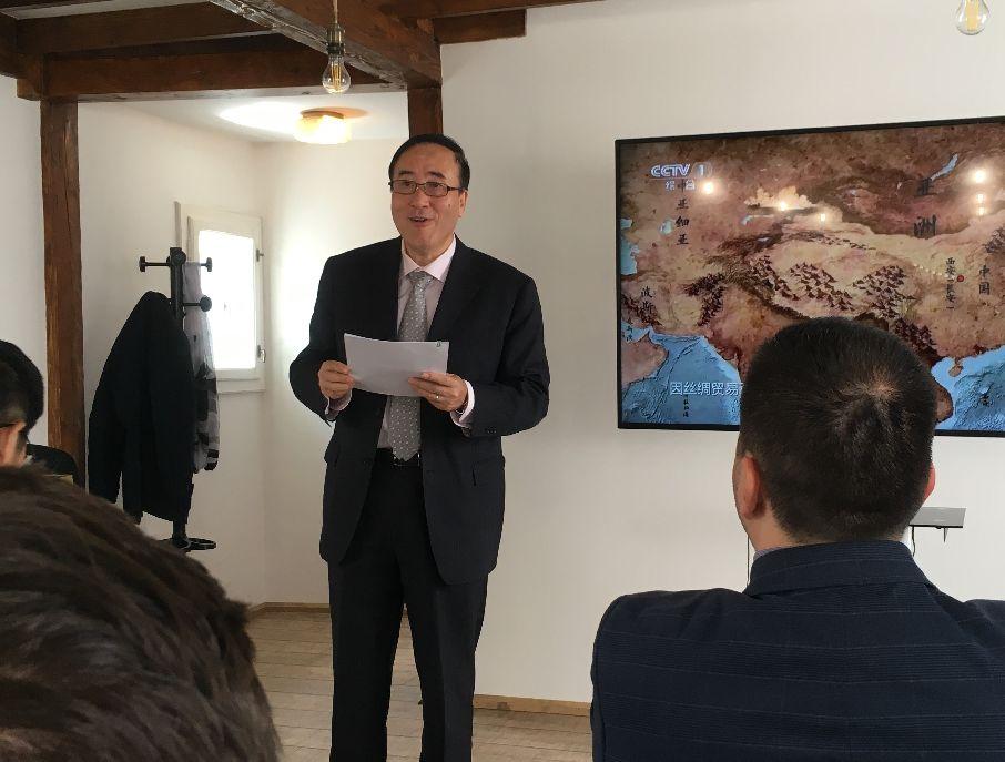 Guang Gang Sepsiszentgyörgyön. Együttműködési lehetőségeket ismertetett