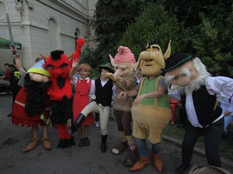 Legendák karneválja