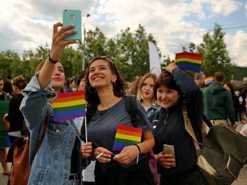 Félezren a Cluj Pride-on