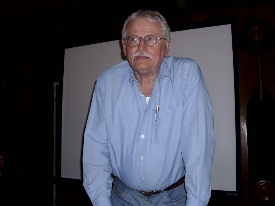 Pogátsa István magyarországi őstörténet-kutató a finnugor elmélet ellentmondásairól tartott előadást