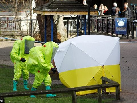 Skripal ügy: titokzatos román Mercedes után nyomoz a brit rendőrség