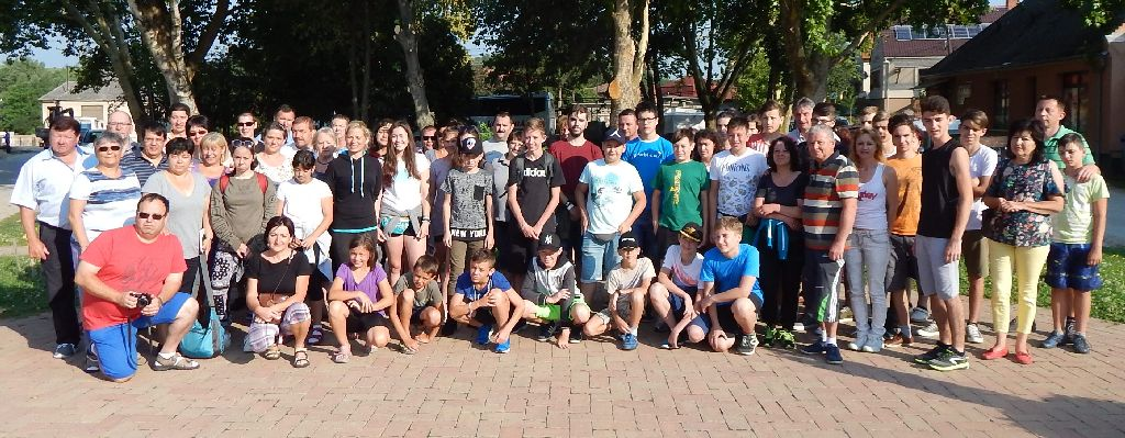 A mikeses diákok és vendéglátóik