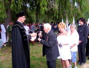 Az utolsó életben lévő úz-völgyi veterán,  a 94 éves Bartha Misi bácsi úrvacsorát vesz