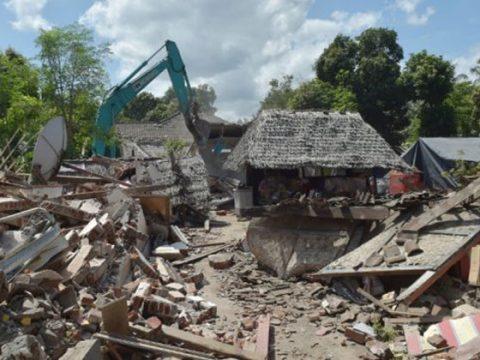 Szökőár csapott le Indonéziára
