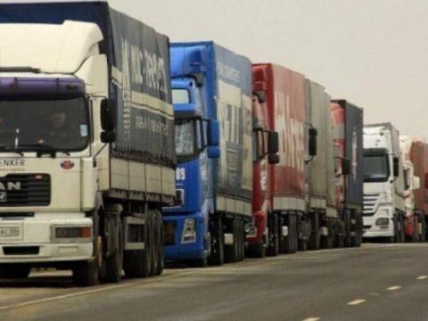 Tiltakoznak a közúti szállítók