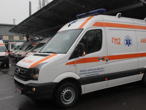 Ittasan balesetezett a mentősofőr, kirúgták az állásából
