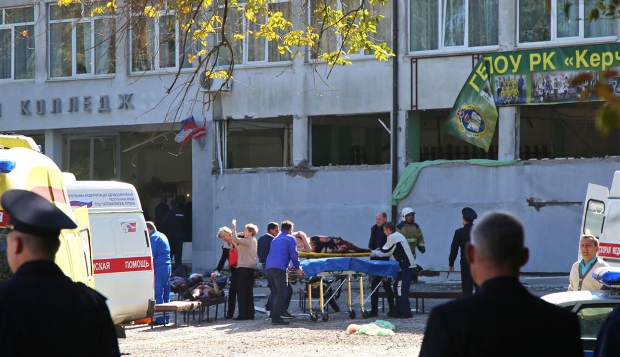 20 halott, félszáz sebesült a krími iskolai lövöldözésben