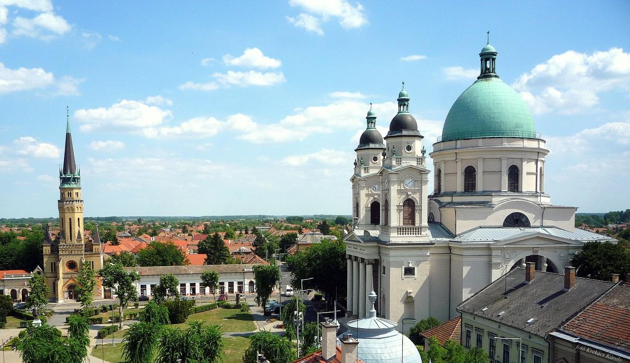 Megerőszakoltak egy 4 éves erdélyi kislányt Cegléden
