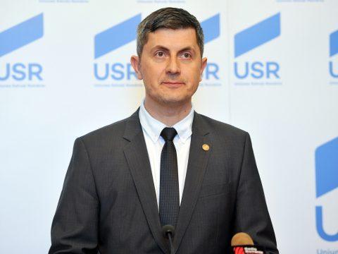 Cioloș pártjával közösen indulna az USR