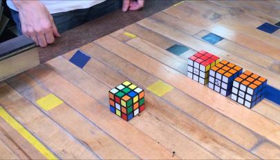 Elkészült az önmagát kirakó Rubik-kocka