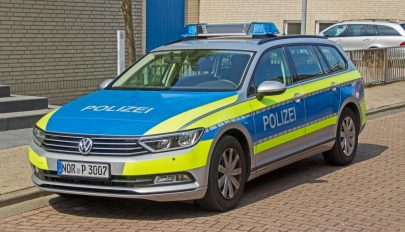 Leesett a német rendőrök álla a román autó láttán