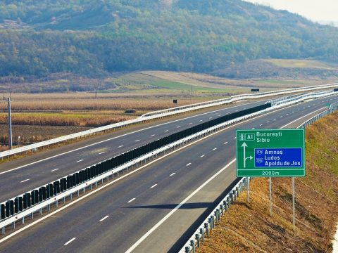 Közveszélyes sofőr randalírozott az A1-es autópályán