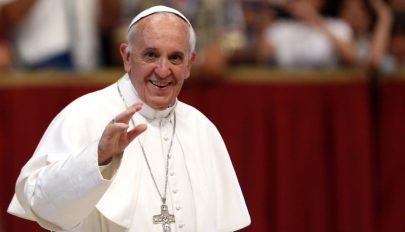 Észak-Koreába hívják a pápát