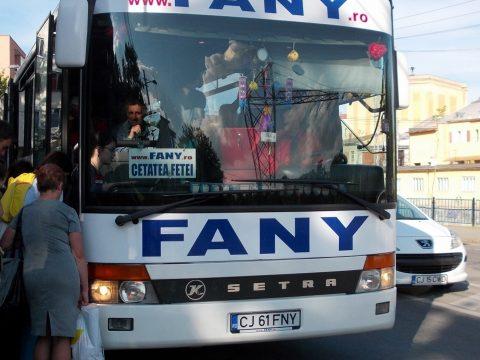 Általános sztrájk: ma déltől nem közlekednek a távolsági buszok