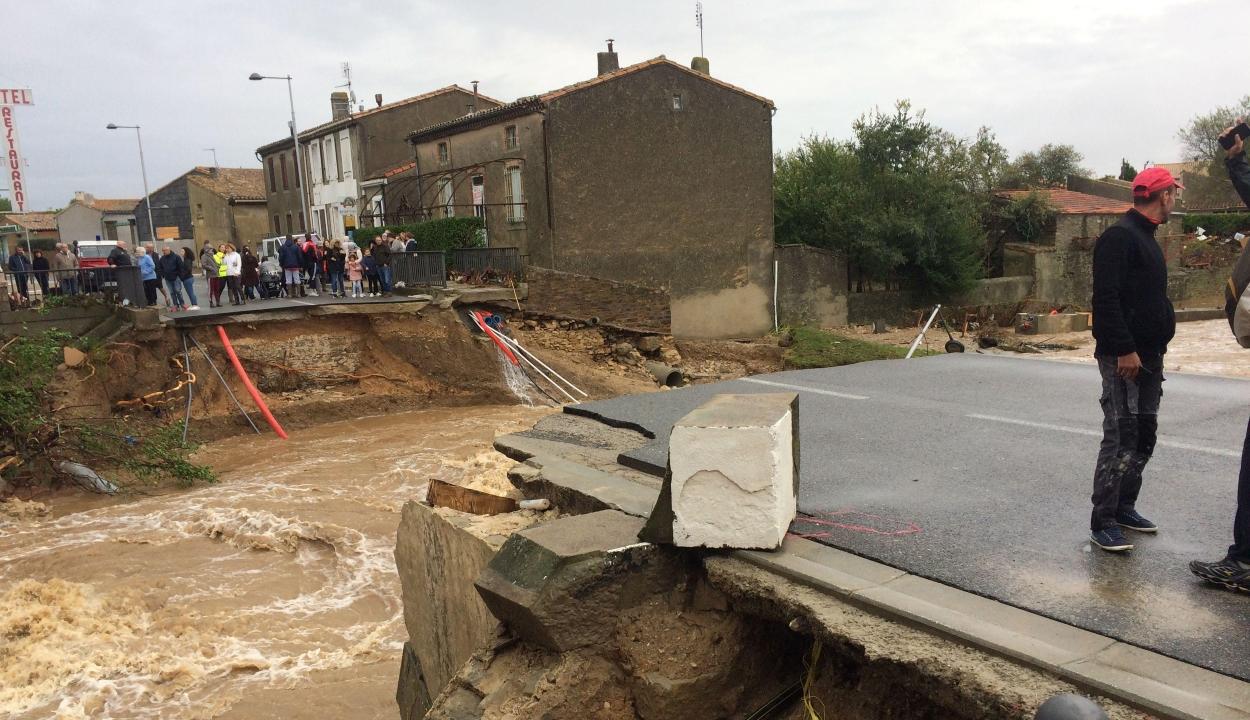 Több ember halálát okozták Franciaországban a heves esőzések