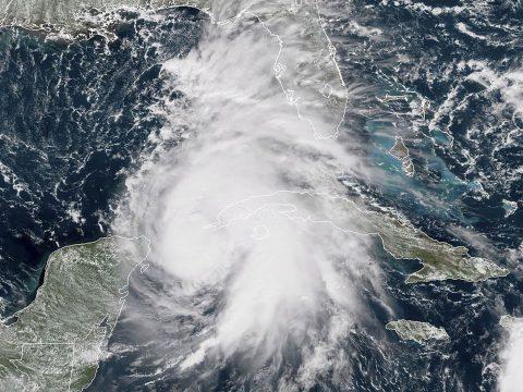 Újabb hurrikán közelít az Egyesült Államok felé