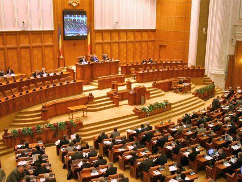 Kudarcba fulladt a képviselőház alelnökeinek leváltása