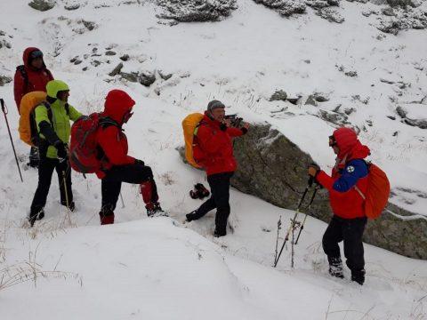 Magyar turistákat kellett menteni a Fogarasi-havasokban