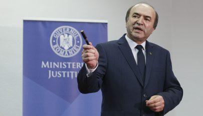 """A """"miniamnesztia"""" törvény eltörlését és az igazságügyi miniszter leváltását kezdeményezi az ellenzék"""